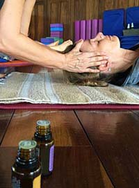 yoga-retreat-oils-gen